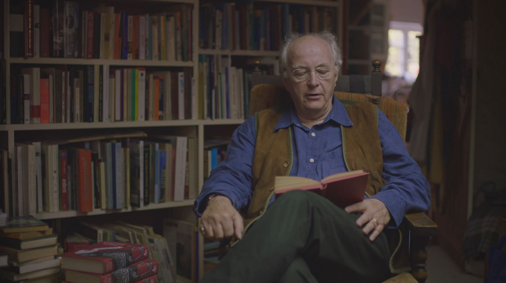 BBC Imagine - Philip Pullman: Angels and Daemons